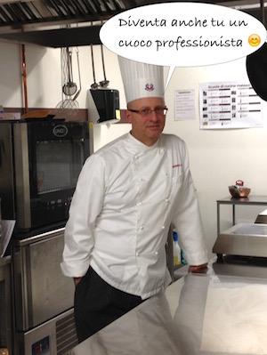 L'executive chef Francesco de Francesco fotografato in una pausa durante un corso di cucina professionale in una scuola in cui insegnava.