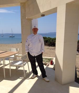 Eccomi sull'isola di Erikoussa, in Grecia, dove ho avviato un ristorante.