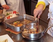 Fondo bruno fatto durante un corso di cucina.