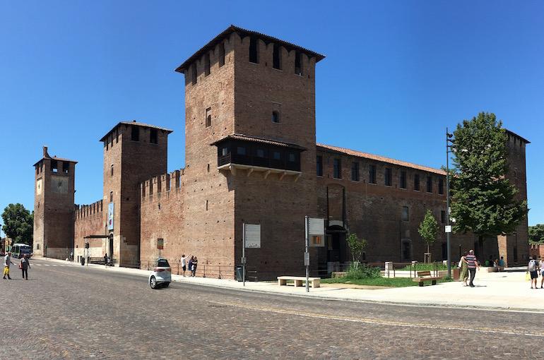 Castelvecchio a Verona, un castello scaligero tra i più importanti.