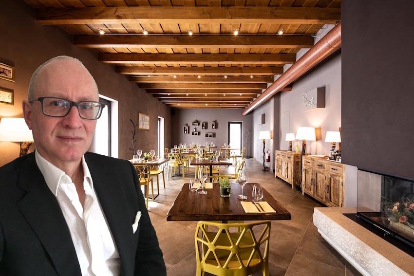 Anni di lavoro nei ristoranti, in sala e cucina, spesso anche con l'incarico di assumere personale, questo sono io, l'executive chef Francesco de Francesco.