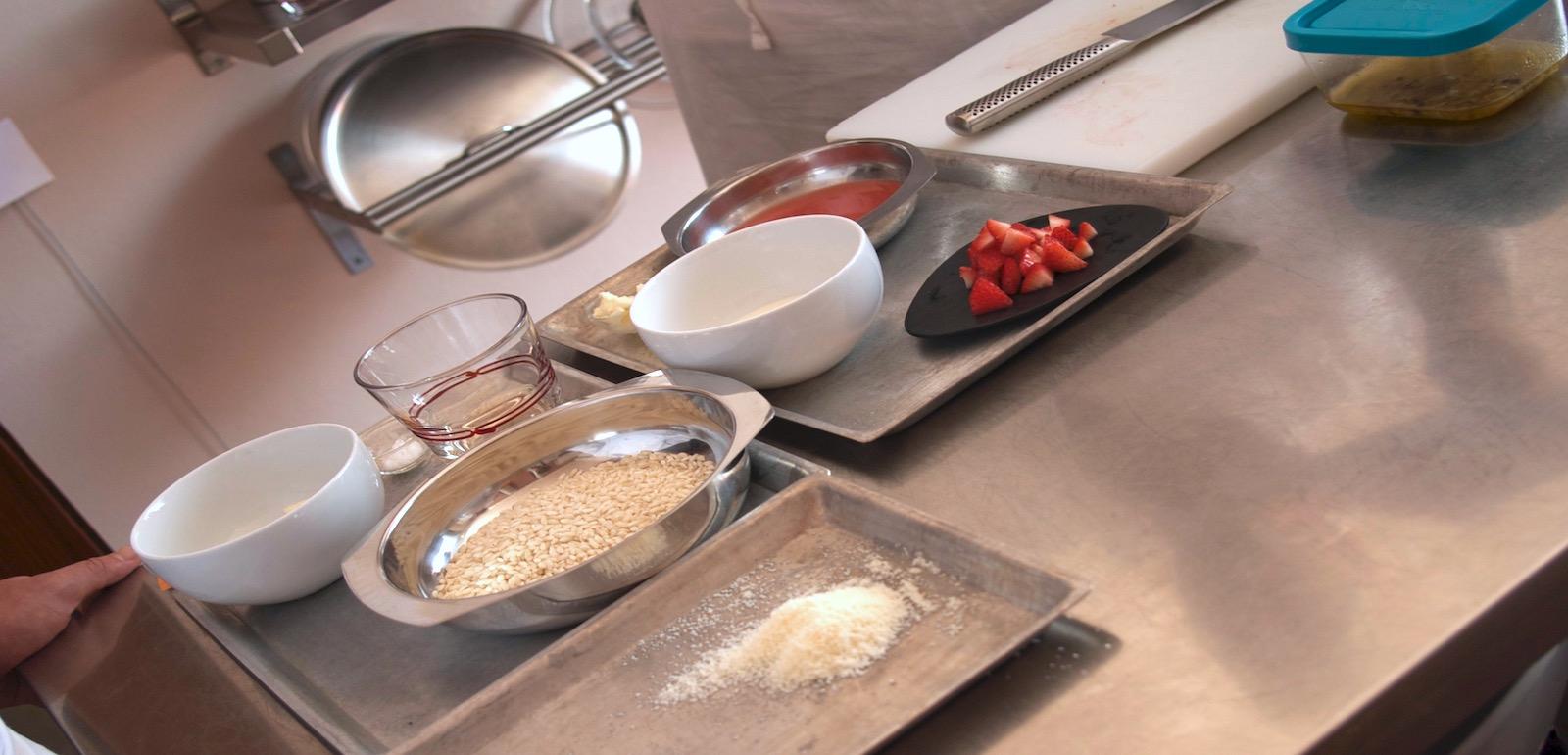 Gli ingredienti di un ipotetico corso di cucina vegetariana.