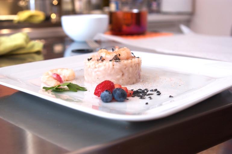 Il risotto alle fragole, uno dei piatti della cucina vegetariana.